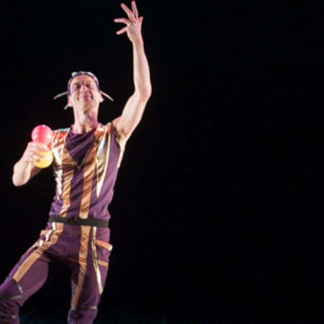 2014-04-09 Cirque Nouveau Again2